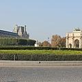 羅浮宮望去小凱旋門