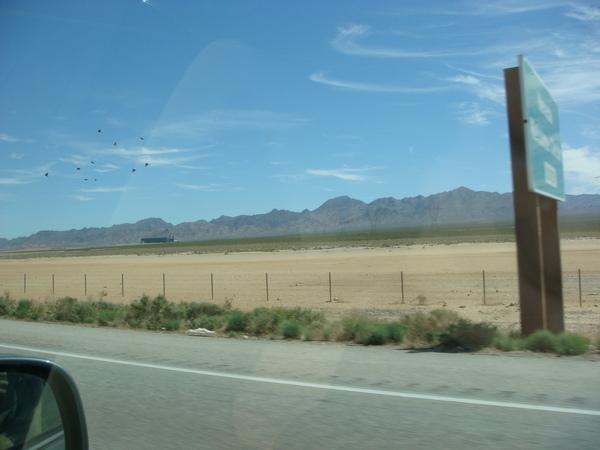 車外沙漠風光
