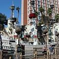 金銀島飯店外的海盜船