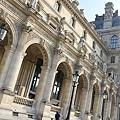 羅浮宮附近建築