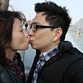 約好每個景點都要 KISS