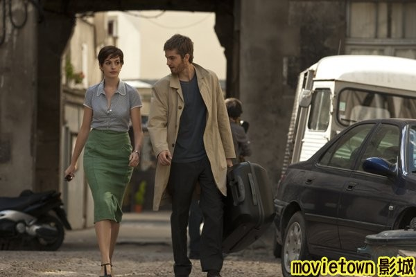movietown影城 真愛挑日子劇照One Day Photos07吉姆史特格斯 Jim Sturgess◎安海瑟薇 Anne Hathaway (複製).jpg