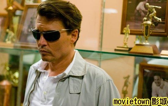 movietown影城醉後型男日記劇照The Rum Diary6強尼戴普 Johnny Depp新.jpg