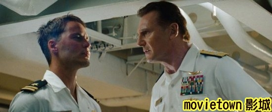 超級戰艦 異形海戰劇照│超级战舰剧照Battleship1泰勒基奇 Taylor Kitsch◎連恩尼遜 Liam Neeson新+