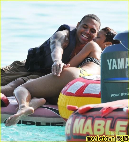 超級戰艦 異形海戰│超级战舰Battleship5蕾哈娜 Rihanna chris brown0新
