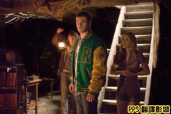鬼屋詭屋劇照│屍營旅舍│林中小屋The Cabin in the Woods0克里斯漢斯沃 Chris Hemsworth新