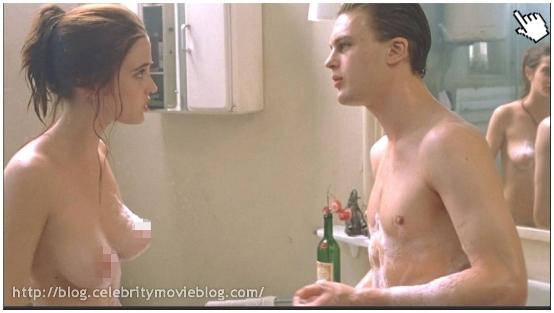 黑影家族│怪誕黑家族│黑影│黑暗阴影Dark Shadows2伊娃葛林露點│伊娃格林露點Eva Green nude topless sex sense4