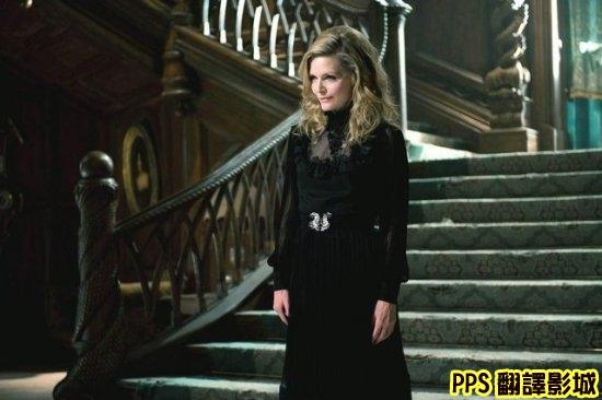 黑影家族劇照│怪誕黑家族│黑影│黑暗阴影Dark Shadows3蜜雪兒菲佛 Michelle Pfeiffer新