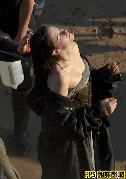 公主與狩獵者│白雪公主之魔幻復仇記劇照snow white and the huntsman7克莉絲汀史都華 Kristen Stewart-新