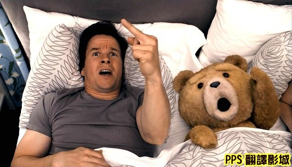 電影熊麻吉劇照│賤熊30劇照│泰迪熊剧照Ted-3馬克華柏格 Mark Wahlberg◎塞思麥克法蘭Seth MacFarlane新+