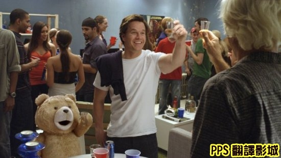 電影熊麻吉劇照│賤熊30劇照│泰迪熊剧照Ted-5馬克華柏格 Mark Wahlberg◎塞思麥克法蘭 Seth MacFarlane新+