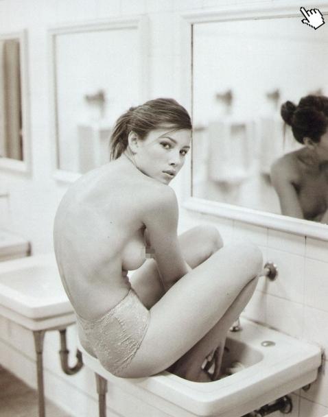 攔截記憶碼6/新宇宙威龍/新全面回忆Total Recall-潔西卡貝兒 露點Jessica Biel nude topless1