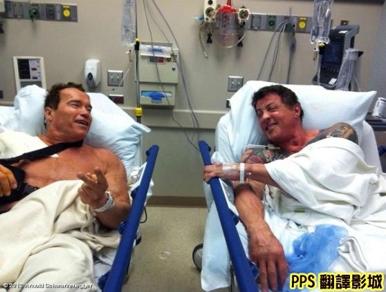 浴血任務2劇照│轟天猛將2劇照│敢死队2剧照The Expendables 2-90阿諾史瓦辛格 Arnold Schwarzenegger◎席維斯史特龍 Sylvester Stallone新+