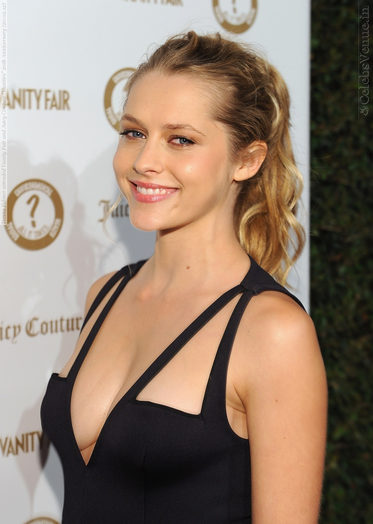 Teresa-Palmer-attended-Vanity-Fair-and-Juicy-Couture-Vanities-20th-Anniversary-20.02.12-107