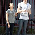 超殺女克蘿伊摩蕾茲Chloe Moretz和她的四個帥哥哥/超杀女克萝伊摩蕾兹Chloe Moretz和她的四个帅哥哥 (4).png