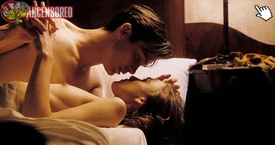 琪/綺拉奈特莉過去在電影中有大膽的露點床戲演出nake keira knightley nude sex sense