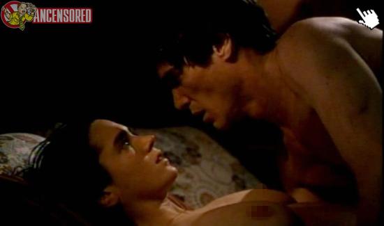 珍妮佛康納莉/娜莉電影中大膽的露點床戲演出naked jennifer connelly nude sex sense