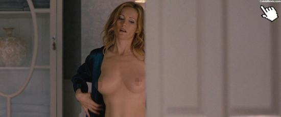 萊斯莉曼恩電影中大膽的露點演出Naked leslie mann nude pic