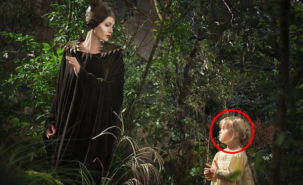 [安潔莉娜裘莉電影]黑魔女 沉睡魔咒演員/黑女巫線上演員MALEFICENT(2014) Cast薇薇安裘莉彼得Vivienne Jolie-Pitt