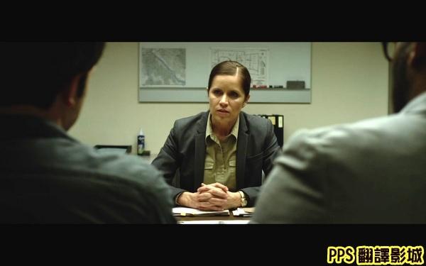 小說改編電影控制演員/失蹤罪演員/消失的爱人演员Kim Dickens(飾演Rhonda探員)