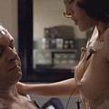 麗茲凱普蘭在性愛大師中有大膽露點床戲演出Naked lizzy caplan nude sex sense