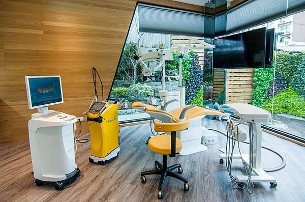 高端設備診療區.jpg