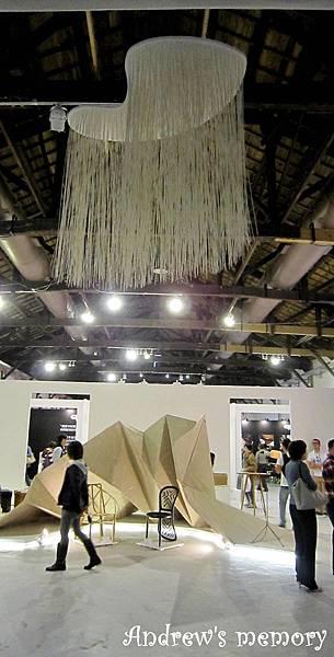 國際工藝設計展 內部不能拍攝 只能從外面拍