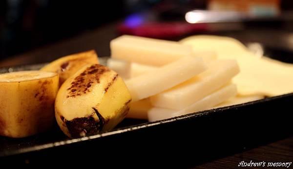 香蕉好朋友.年糕.千層烤奶酥