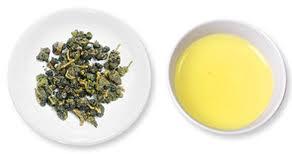 龍鳳峽高山茶為清焙火烏龍茶