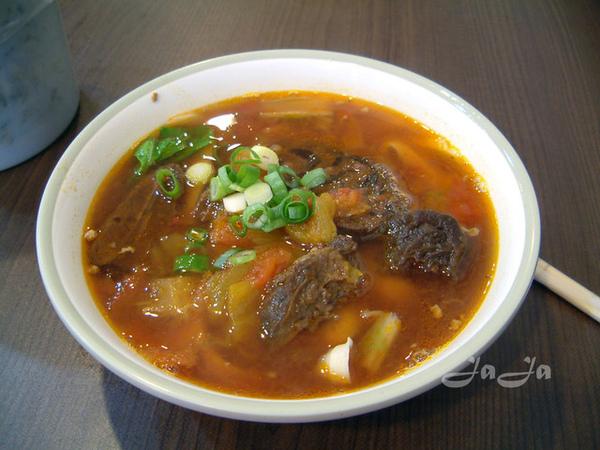 店訪萬得伯蕃茄牛肉麵 3