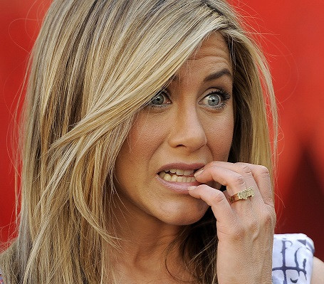 Jennifer-Aniston-Receives-Her-.jpg