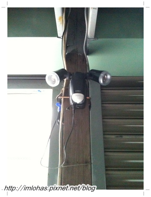 太陽能LED感應燈02