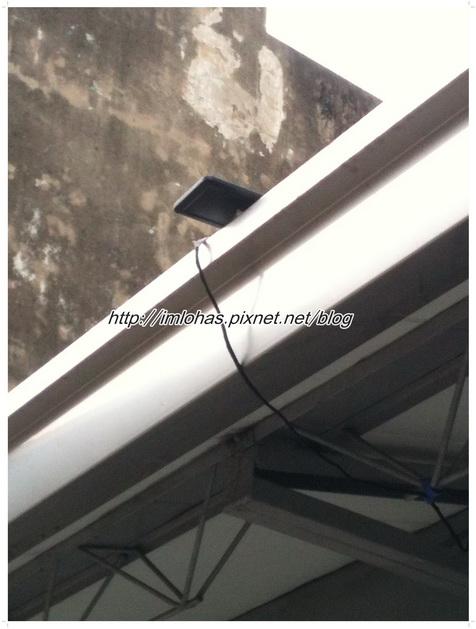 太陽能LED感應燈03