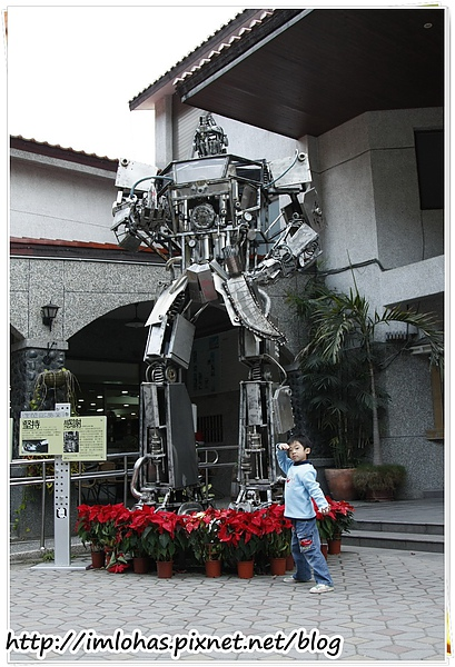 2011-01-09 信義鄉烏松崙賞梅花、梅子夢工場園區107.JPG
