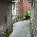 老街旁的小巷