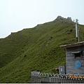 合歡尖山,停車場後方有步道通往稜線,精神正常的人應該不會想在這種天氣登頂