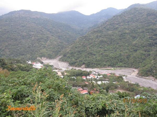 可俯瞰河谷