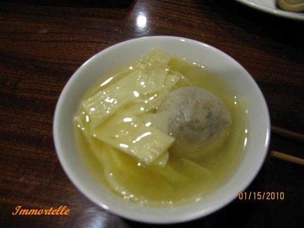 秘境晚餐-竹筍湯配手打貢丸