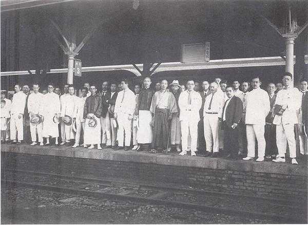 19240907台中車站歡迎神田.jpg