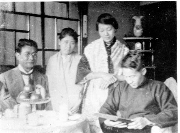 19230000蔣渭水與黃呈聰夫婦.jpg