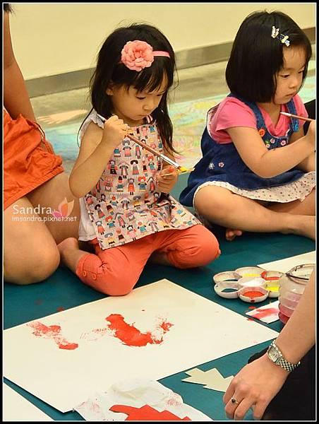 201206-花栗鼠繪本館,糖果老師畫畫課 (18)