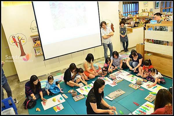 201206-花栗鼠繪本館,糖果老師畫畫課 (25)