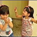 201206-花栗鼠繪本館,糖果老師畫畫課 (29)