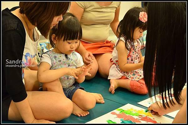 201206-花栗鼠繪本館,糖果老師畫畫課 (31)