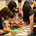 201206-花栗鼠繪本館,糖果老師畫畫課 (32)