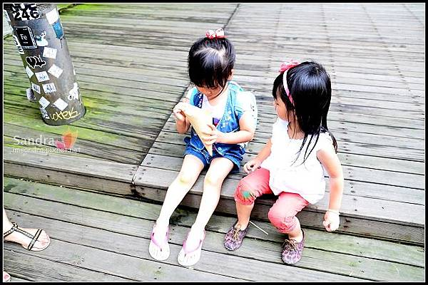 201206-花栗鼠繪本館,糖果老師畫畫課 (49)