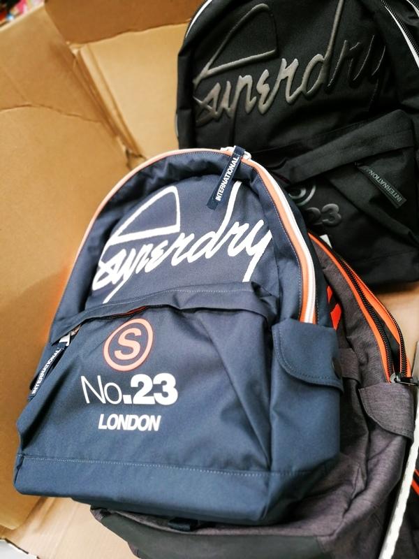 新款SUPERDRY背包 1099元.jpg