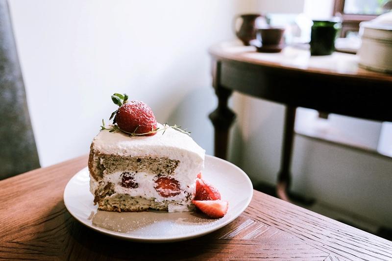 2020-1-9 台南 cafe de piecesofpeace 寧靜森林  咖啡 甜點 草莓 (12).jpg
