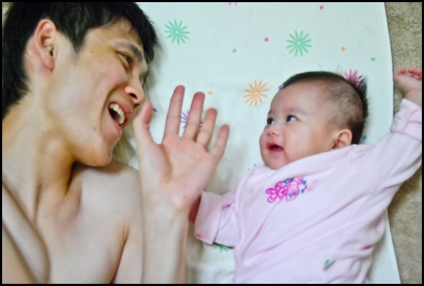 小寶與爸爸