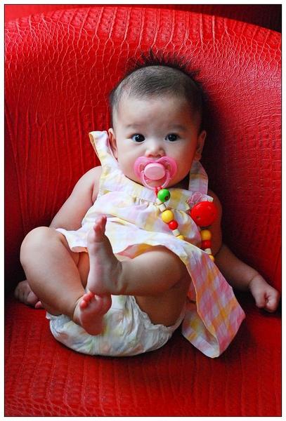 小寶穿洋裝